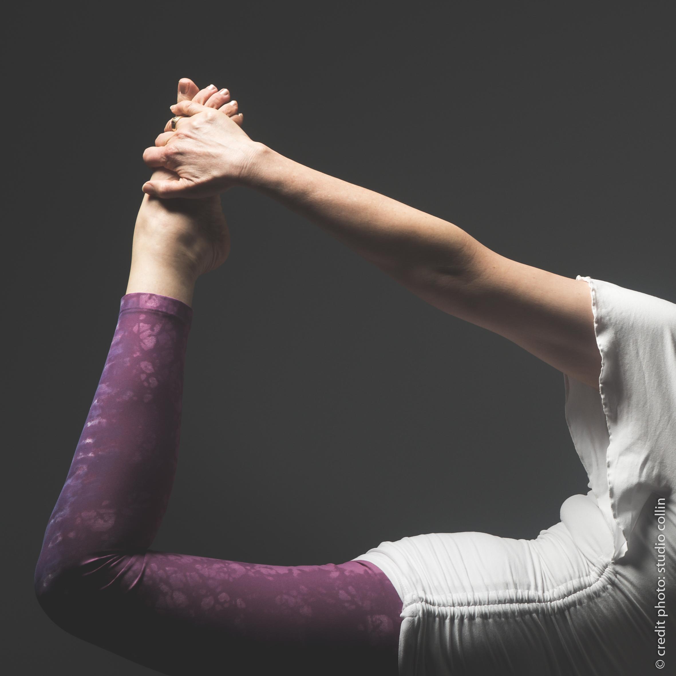 Posture de Shiva Nataraj, le danseur cosmique